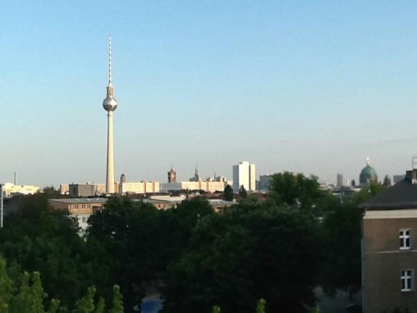 Blick vom Weinberg nach Südosten zum Tempelhofer Feld