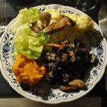 Pilze, Kartoffel- & Kürbispürree, Kopfsalat
