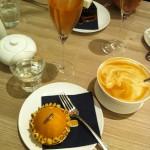 im Café Bonheur Brunnenstrasse
