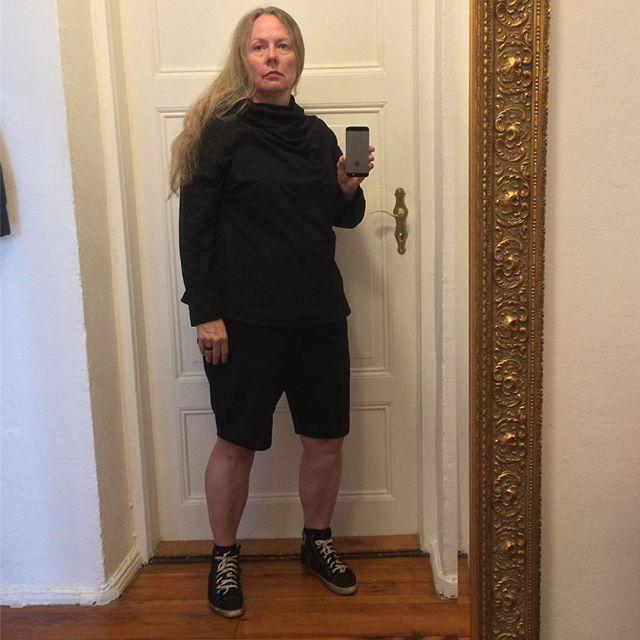 verknautscher sonntag, verknautschte frau, aber mit gemütlichem ninja-shirt von crafteln #609060